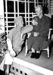 Ike and his mother, Ida, 1945